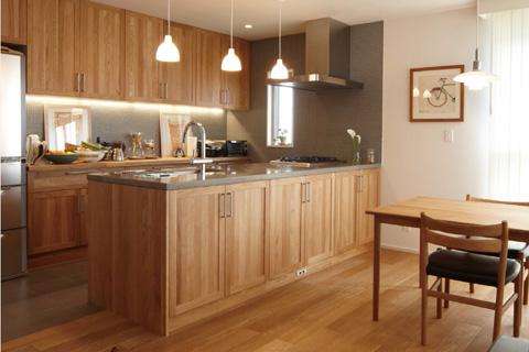 岐阜イタヤホームの注文住宅カフェスタイルのサンプル写真1。キッチンダイニング